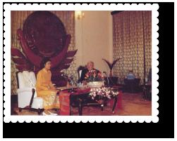 2533-lao-president01