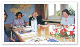 2536-royal-activity-swiss-red-cross-red-crescent-societies-02